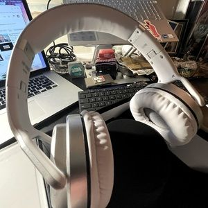 Kocaso Premium Wireless Bluetooth Headset Ivory
